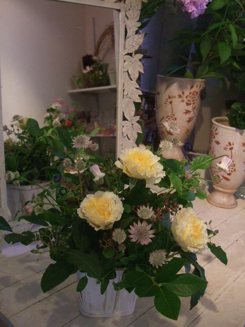オークリーフ花の教室(近藤さんの作品)_f0049672_1440419.jpg