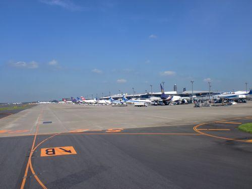 旅日記 香港 2011SEP 002 ダイナスティークラスで台北へ_f0059796_21304741.jpg