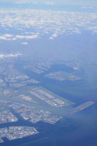 旅日記 香港 2011SEP 002 ダイナスティークラスで台北へ_f0059796_21454358.jpg