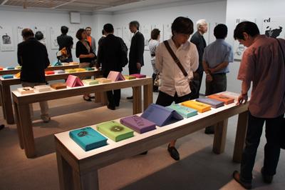 『太田徹也のSlmapと「国際単位」』展が開催中です_f0171840_1424673.jpg
