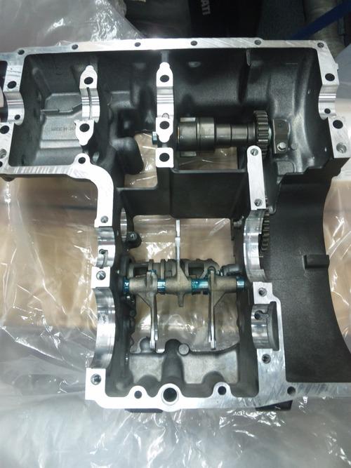 GPZ900R エンジンオーバーホルですなっ。その4_a0163159_22112011.jpg