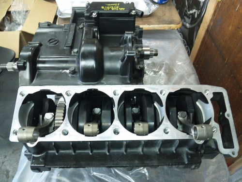 GPZ900R エンジンオーバーホルですなっ。その4_a0163159_2211408.jpg