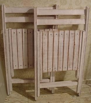 白ペンキ・木製折りたたみイス 2脚仕上がりました!_a0096367_21324838.jpg