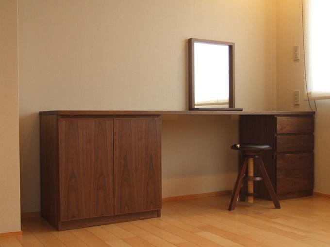 ウォルナット家具の納品実例_d0224984_16381769.jpg