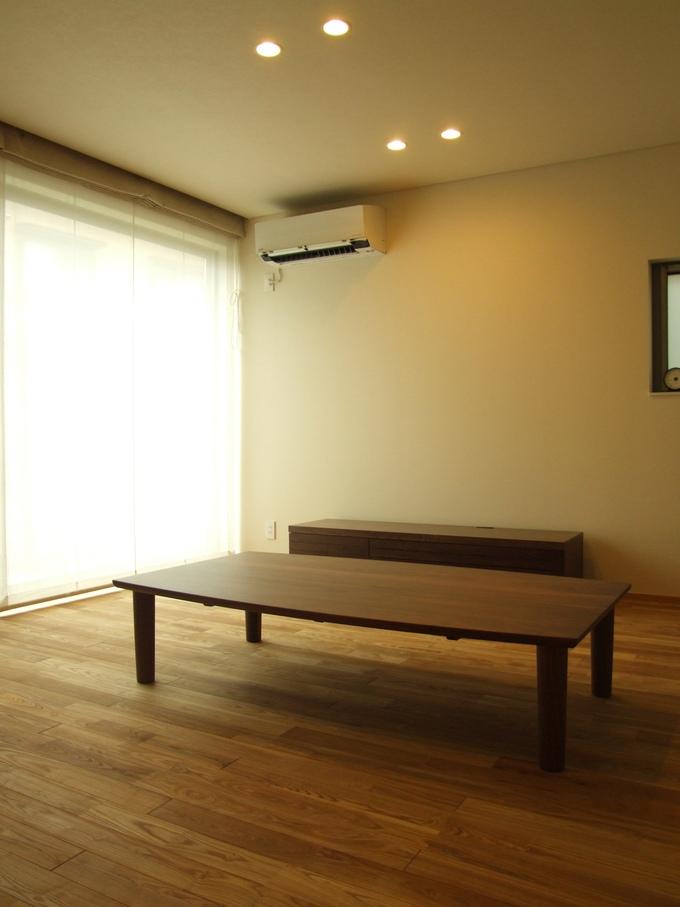 ウォルナット家具の納品実例_d0224984_16391151.jpg