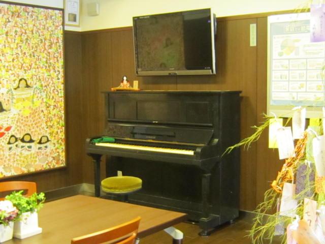 ピアノ_a0158095_1735593.jpg