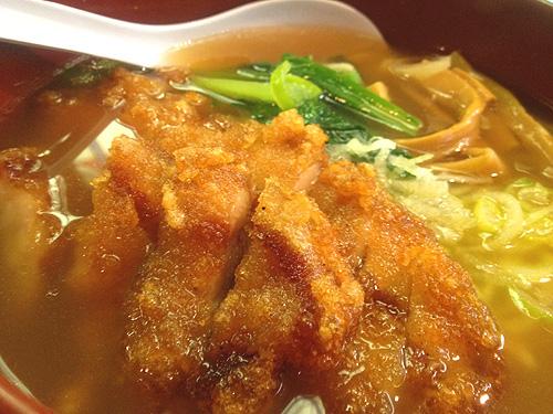 ◆排骨拉麺 / 万世麺店 有楽町店_b0008655_15534792.jpg