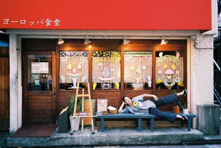 レストラン2_c0195272_15512886.jpg