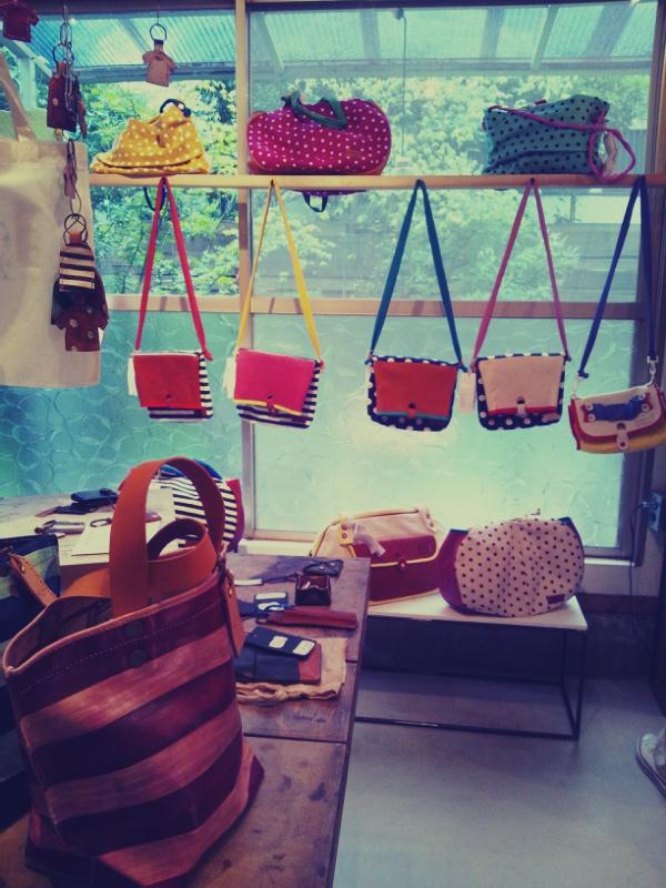 古材チーク家具展とbag collection_c0246783_22343067.jpg