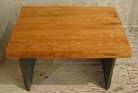 無垢材の小ぶりなテーブル 入荷!!_a0096367_21213397.jpg