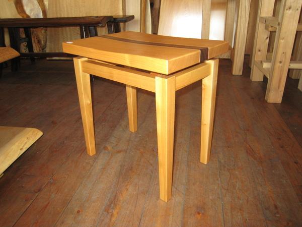 伊那の作家さん新作椅子!_e0137684_1548514.jpg