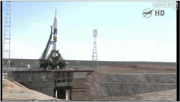 心弾む宇宙へ 星出さんのソユーズ打ち上げ_f0079085_17373229.jpg