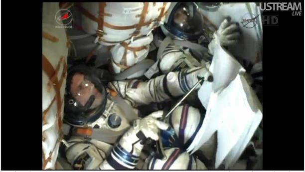 心弾む宇宙へ 星出さんのソユーズ打ち上げ_f0079085_17424442.jpg