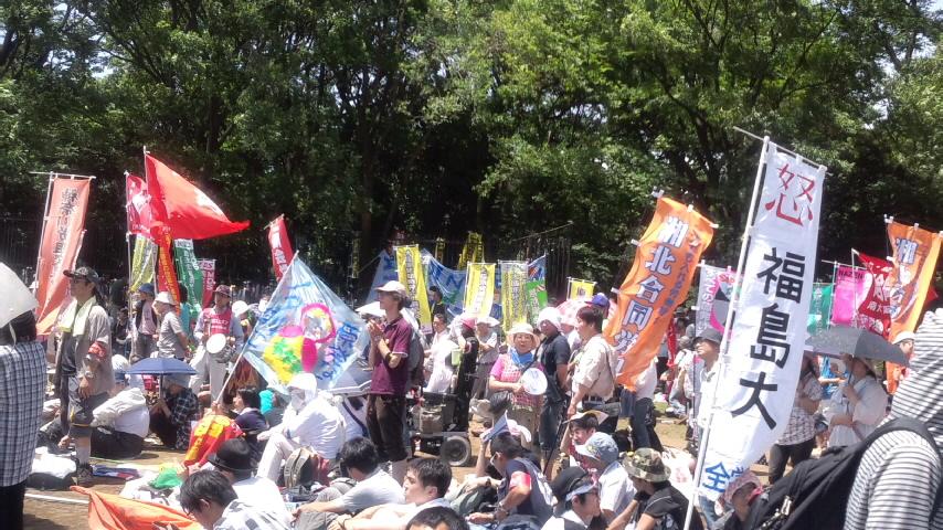 7・16反原発東京集会に会場を埋め尽くす17万人が結集_d0155415_1724435.jpg