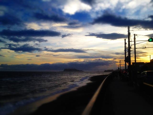◆鎌倉一人旅・終着は湘南の落陽を_b0008655_1537841.jpg