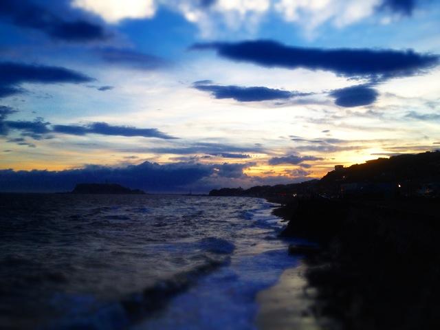 ◆鎌倉一人旅・終着は湘南の落陽を_b0008655_15382855.jpg