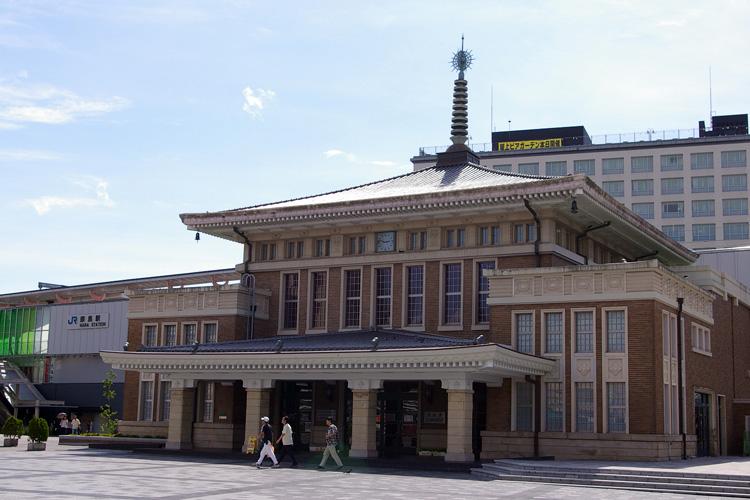 奈良駅旧駅舎_f0130879_2315534.jpg