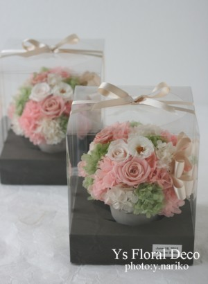 お色直しに花冠とリストレット 薄いグリーンのドレスに_b0113510_23261581.jpg