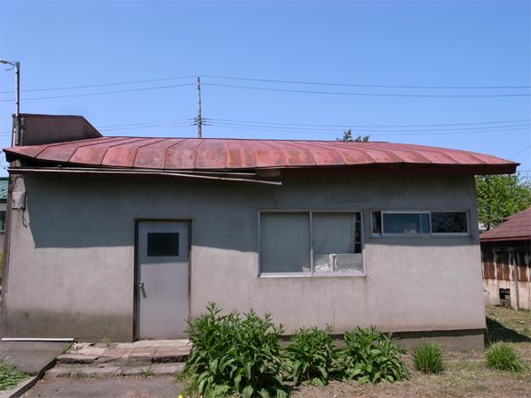 例の屋根改修工事の完成。_f0172612_21524849.jpg