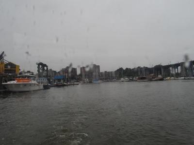 雨のグランビルアイランド_a0231828_23581594.jpg