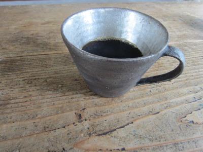 シルバーのカップ&昨日のデモ。_b0207631_6574165.jpg