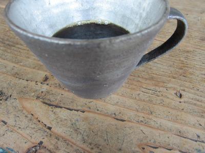 シルバーのカップ&昨日のデモ。_b0207631_6592679.jpg