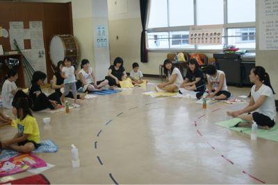 小学校にて_c0132732_1483817.jpg