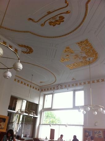 ウィーンのカフェ雑感 その1_d0069964_546651.jpg