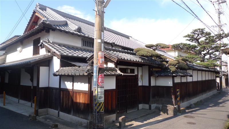 泉佐野の街並み_f0139570_2355956.jpg