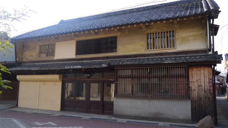 泉佐野の街並み_f0139570_3443059.jpg