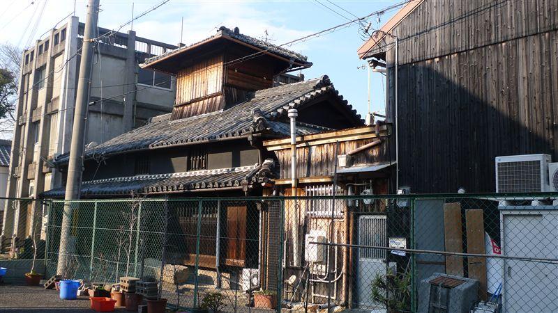泉佐野の街並み_f0139570_3495445.jpg