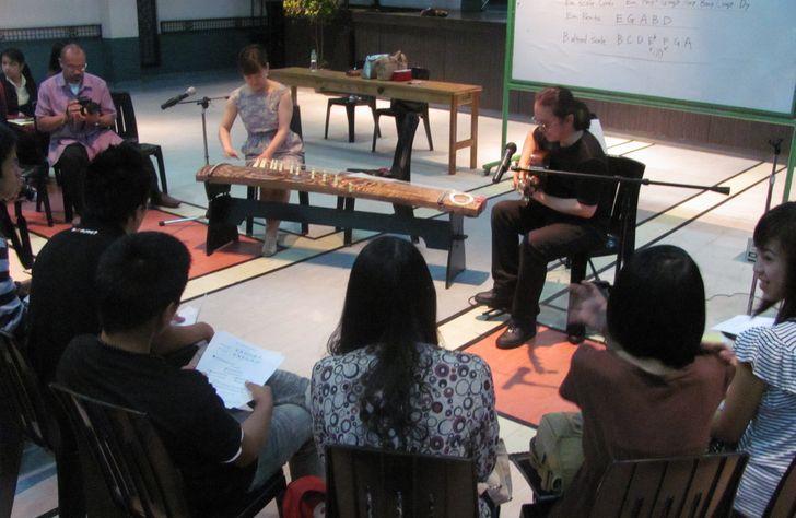 ワークショップも名残惜しく - Aki & Kuniko Workshop_a0109542_262745.jpg