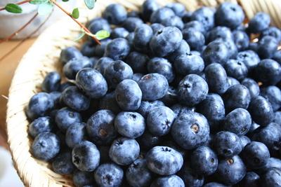 季節のフルーツで作るジャム♪_e0220645_0182643.jpg