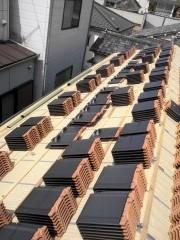 板橋区中丸町の現場 瓦上げ平葺き_c0223192_22224981.jpg