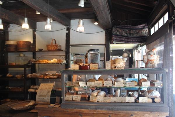 美味しいパンを求めて勝山の旅*タルマーリ*_d0128712_5434940.jpg
