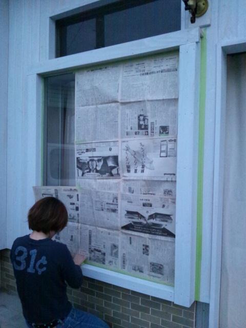 窓枠塗りとカフェニドさん_c0246783_23194044.jpg