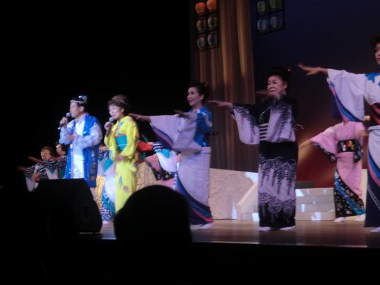 2012「夏の歌踊フェスティバル」終了しました。_e0119092_1482980.jpg