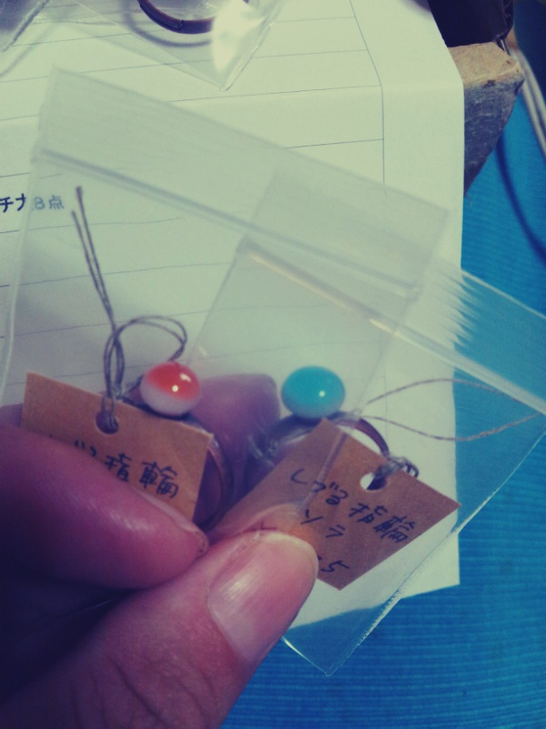 硝子のアクセサリーが納品されました!_c0246783_22113191.jpg