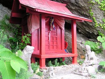 モイレ神社_f0078286_9283415.jpg