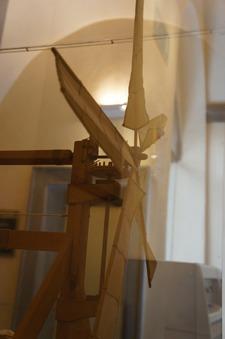 ブルネッレスキの発明品を発見~フィレンツェのドゥオーモ_f0106597_047948.jpg