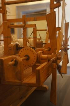 ブルネッレスキの発明品を発見~フィレンツェのドゥオーモ_f0106597_191341.jpg