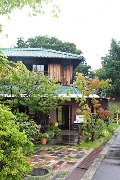 水辺のカフェ三宅商店で雨の日デート_d0128712_5163969.jpg