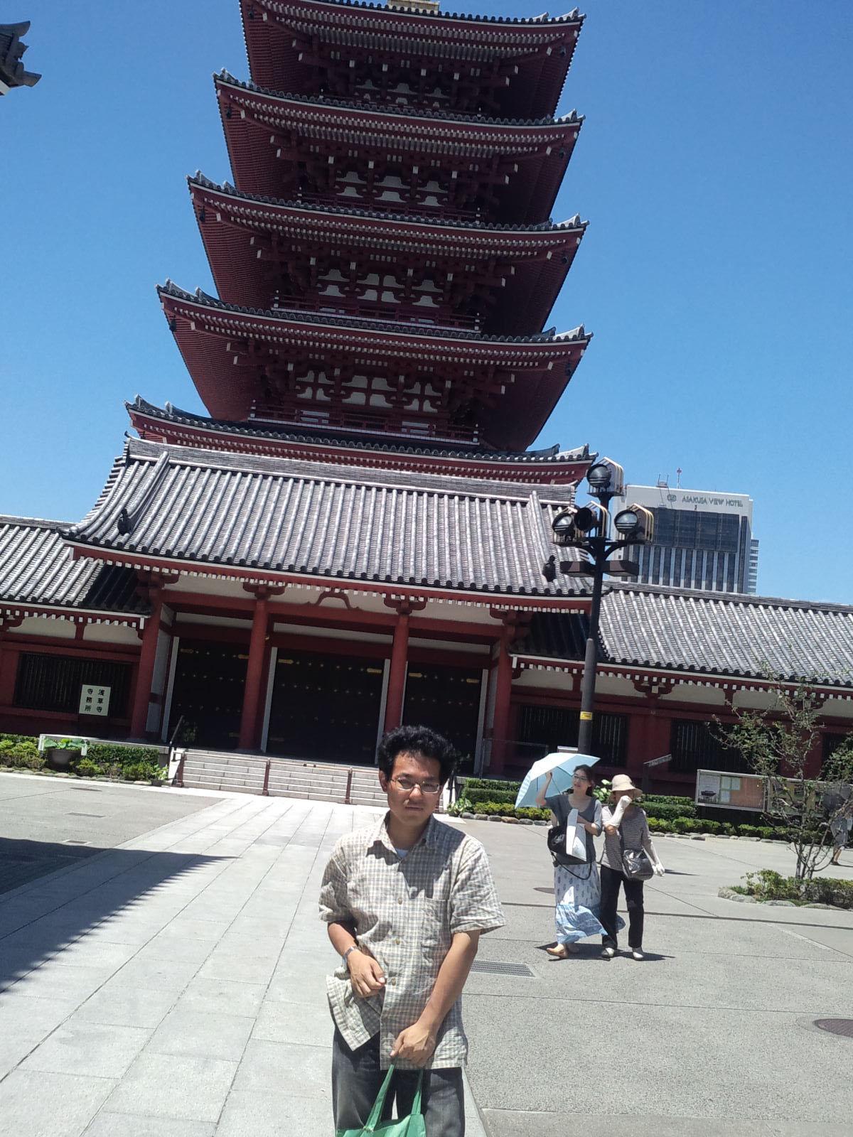 浅草寺を見学しました_d0155415_2072371.jpg