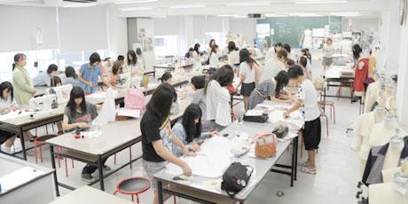 2012年7月21日,22日にNSCカレッジでは体験入学が開催 その2_b0110019_21263526.jpg