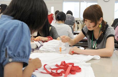 2012年7月21日,22日にNSCカレッジでは体験入学が開催 その2_b0110019_21272442.jpg