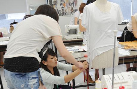 2012年7月21日,22日にNSCカレッジでは体験入学が開催 その2_b0110019_2127443.jpg