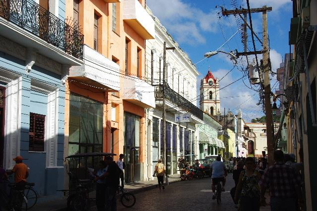 キューバ (49) 世界遺産カマグウェイ歴史地区散策 その2_c0011649_20382127.jpg