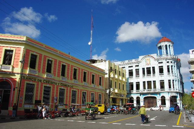 キューバ (49) 世界遺産カマグウェイ歴史地区散策 その2_c0011649_20421974.jpg