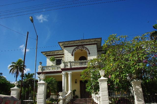 キューバ (51) 世界遺産カマグウェイ歴史地区散策 その4_c0011649_23354961.jpg