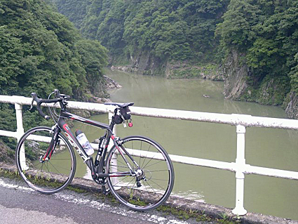 丸山ダム_f0118575_63068.jpg